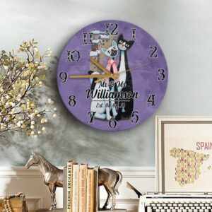 Cat Couple Gift For Valentine s Day Husband Wife Lovers Personalized Wooden Clock 2 YZC2101002